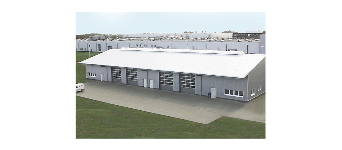 easytec bietet ab Lager Lüftungstechnik, Dachdurchführungen, Dachhauben, Abluftzubehör, Umluftboxen und Plasmafilter in großer Auswahl an.